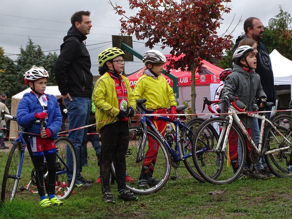 Album photos du cyclo-cross d'Ezy sur Eure (27)