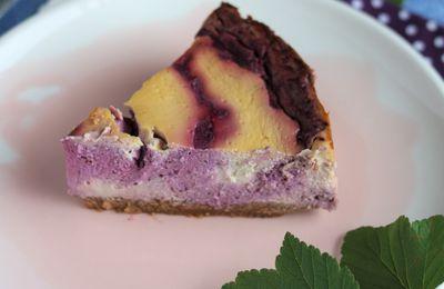 Cheesecake aux cassis du jardin parce que c'est bon et de saison