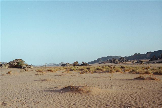 Photos d'un trek dans le massif de l'Akakus situé au sud de la Libye organisé par Terre d'Aventures