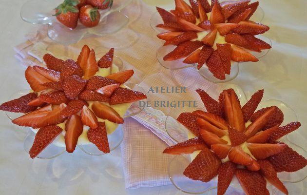 Salade de fraises et sa crème à la fleur d'Oranger, recette de Cyrille Lignac