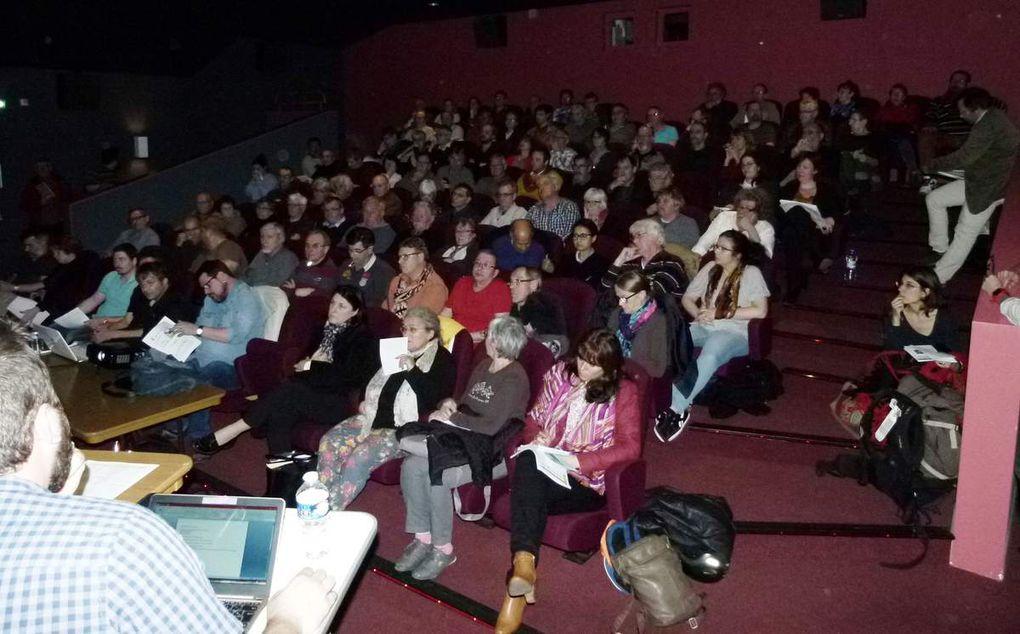 100 participants à la réunion publique du 28 mars