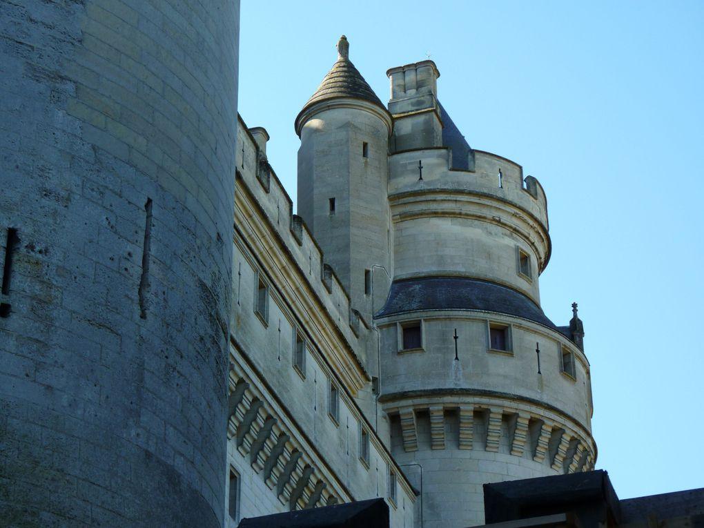 Visite du château de Pierrefonds lors de la fête médiévale en septembre.