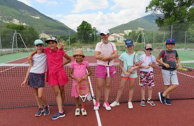 Saint André les Alpes: Les stages de tennis reviennent pour les vacances