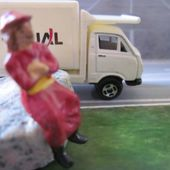 CAMION WELLY 1/100 JAPAN AIRLINES - car-collector.net