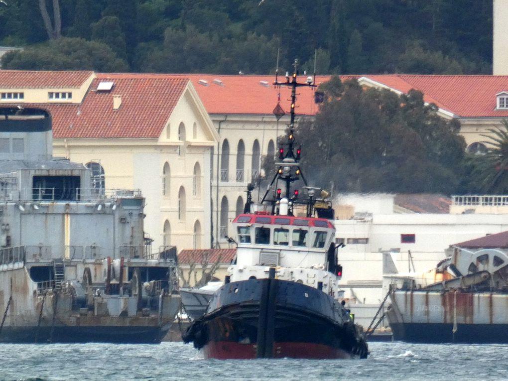 FELIX , remorqueur arrivant à La Seyne sur Mer le 08 mai 2019