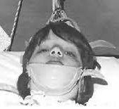 Canada : Quarante ans après les expériences de lavage de cerveau... - MOINS de BIENS PLUS de LIENS