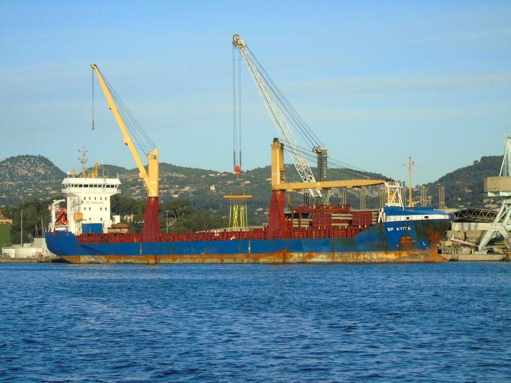 BF AYITA , à quai à Toulon /Bregaillon le 20 décembre 2018