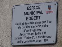 Salle Robert - rue de la Chapelle à Carrières-sous-Poissy