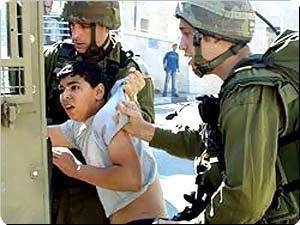 3755 enfants enlevés par l'armée israélienne ces quatre dernières années, dont 1266 enfants rien qu'en 2014