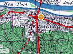 Sur ces détails de cartes de Pont-de-l'Arche de 1950 et de 2018 (Géoportail) on mesure à quel point le tissu urbain a gagné la majeure partie des terres disponibles entre l'Eure et la forêt.