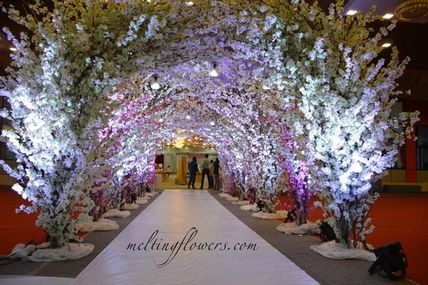 5 Ways To Use Flowers For A Garden Wedding In Mysore