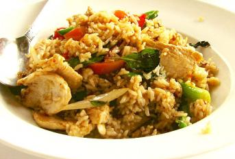 Riz thaï au poulet.