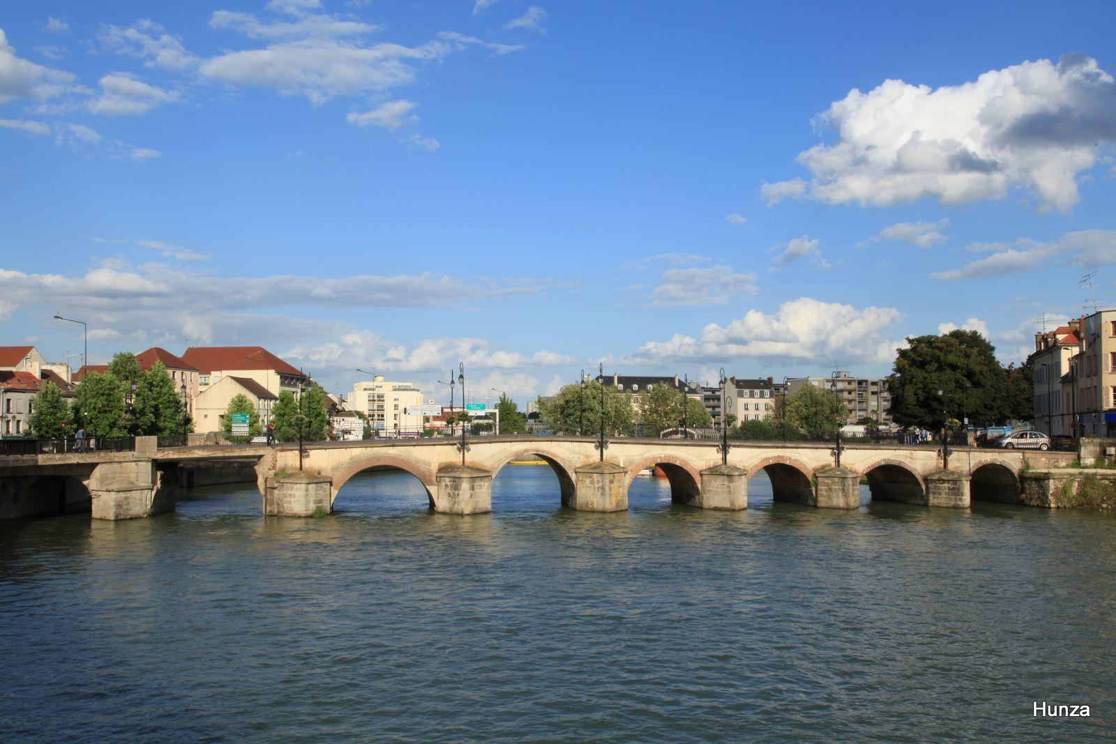Meaux, le vieux pont