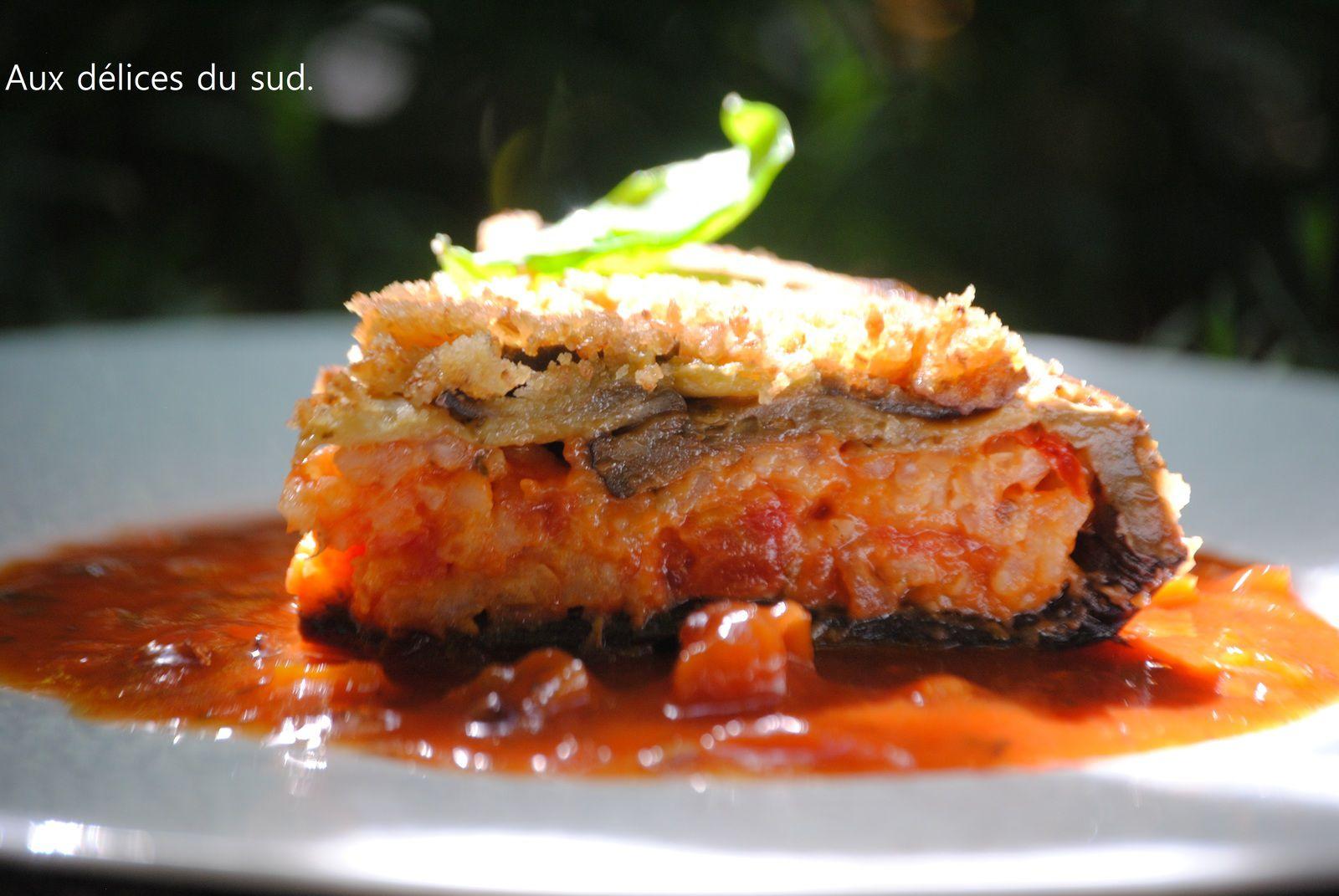Timbale d'aubergines au risotto à la tomate .