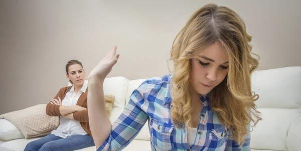 Comment allez-vous réagir si votre parent vous oblige à sortir avec quelqu'un que vous ne voulez pas?