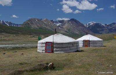 La yourte Mongole, star de la steppe ! Entre traditions et coutumes...