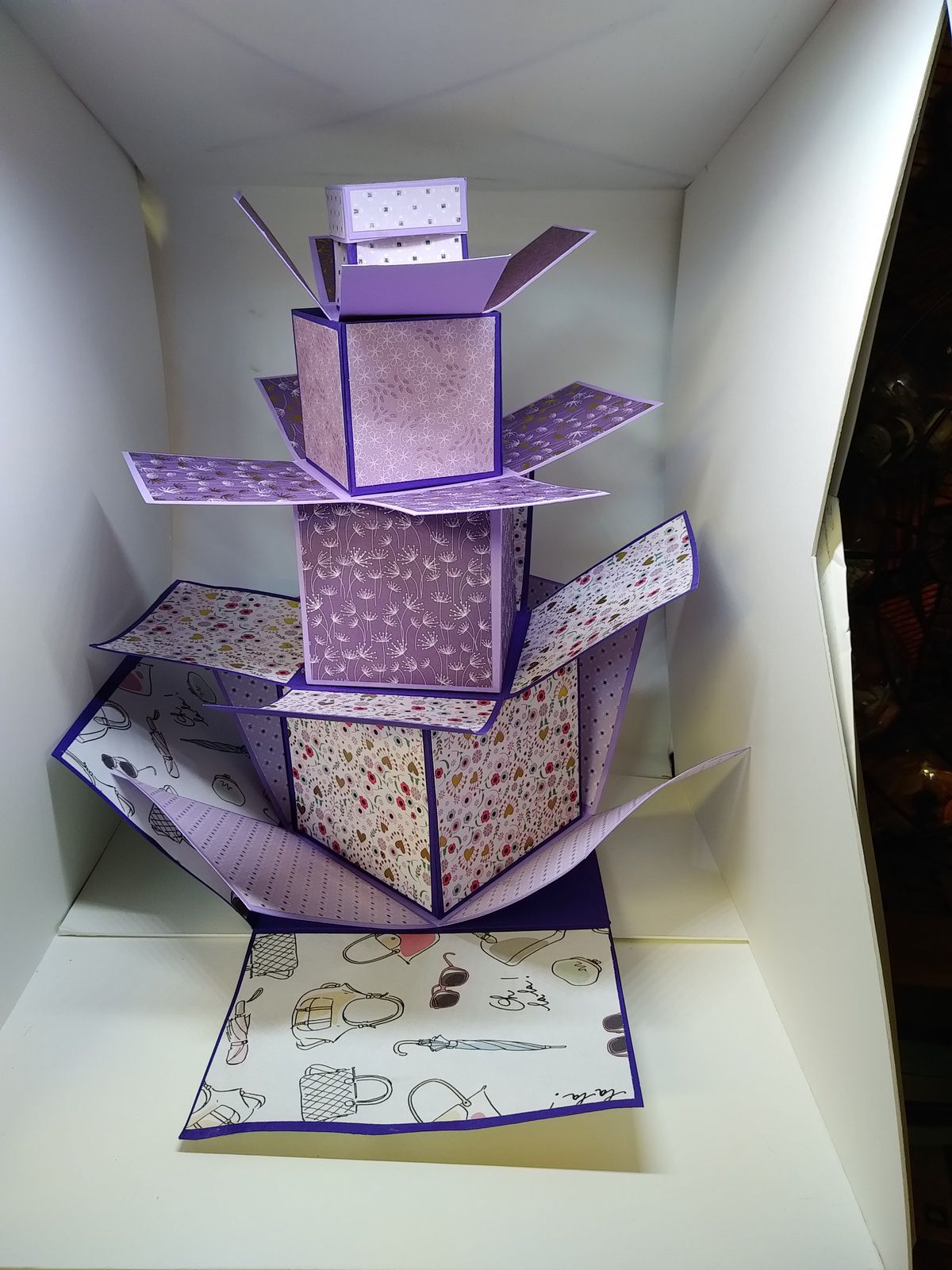 une tower box