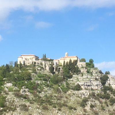 De Chateauneuf-Grasse au col de l'Ecre, par Gourdon