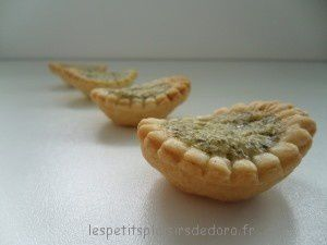 MINI TARTELETTES AU PESTO