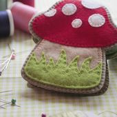 Everyday Handmade: Needle Book Pattern and a Challenge!