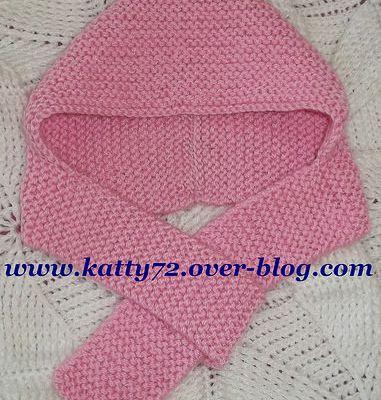 Bonnet-écharpe au tricot