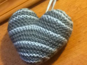Les tricoteuses ont du cœur,