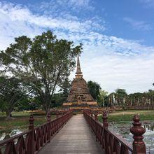 Tranquille à Sukhothaï