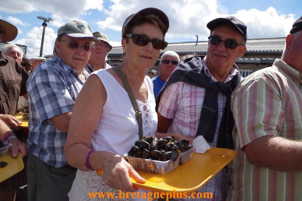 Ce dimanche 4 aout, se déroulait la 29ème édition de la Fête des Moules, du Vivier sur Mer.