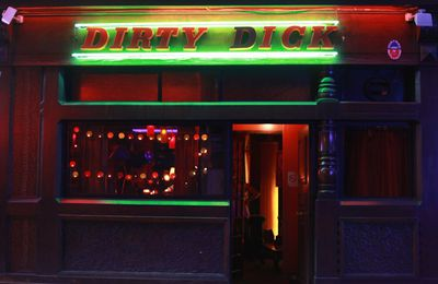 Pigalle : Tiki & Dirty Dick rue Frochot