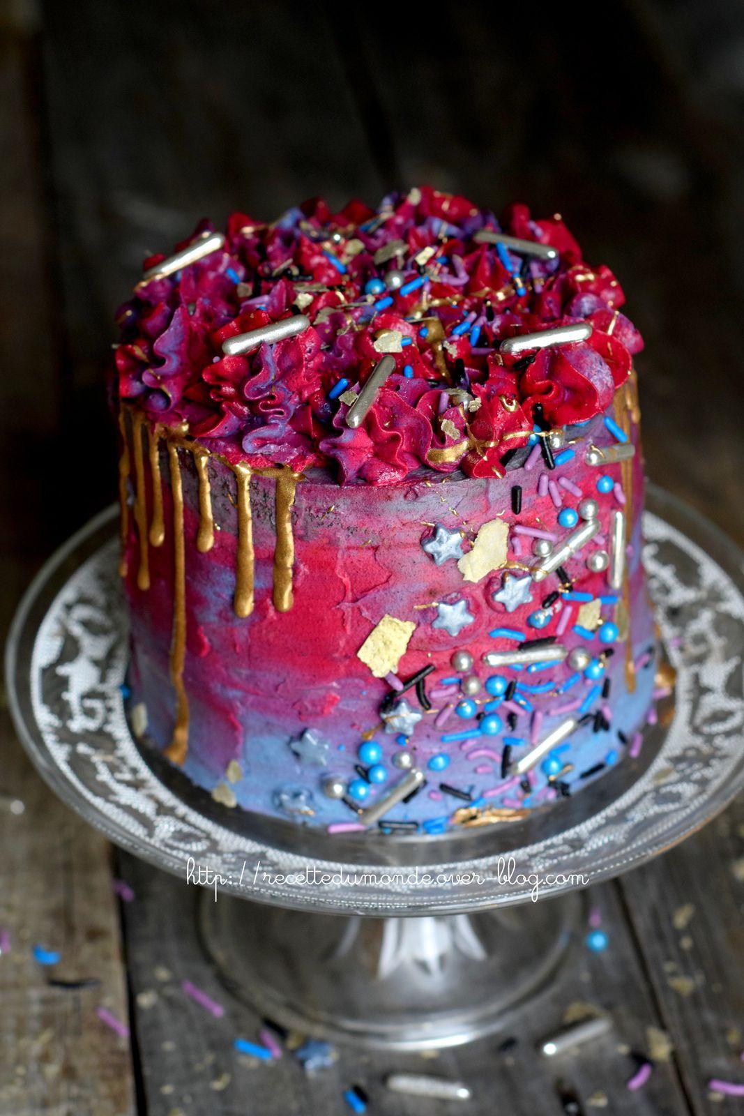Gâteau Galaxie Cosmique - génoise et crème à la poire