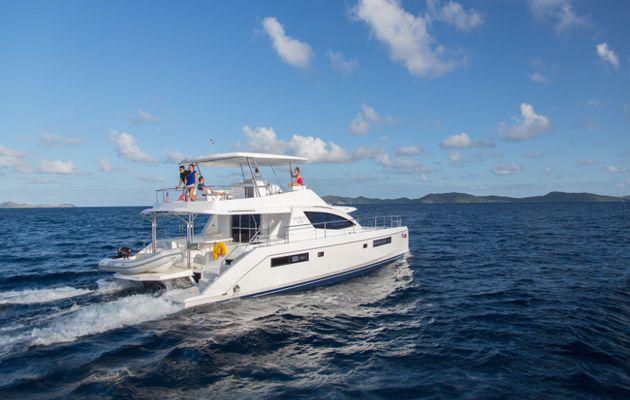 75 catamarans à moteur à louer chez The Moorings, aux Caraïbes et en Méditerranée