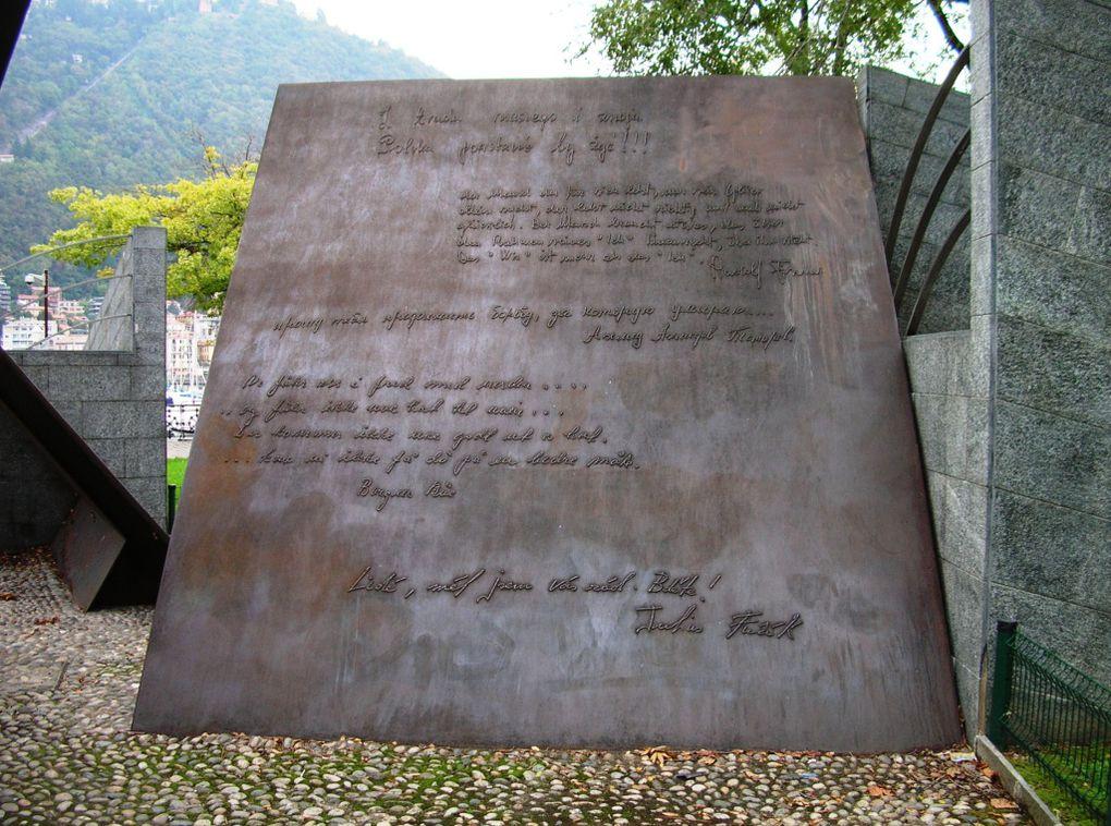 27 settembre 2009: a Como, monumento Resistenza europea; a Dongo museo della Resistenza