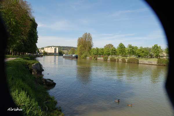 Cathédrale, Abbaye St Jean des Vignes, hôtel de ville, bords de l'Aisne, ...