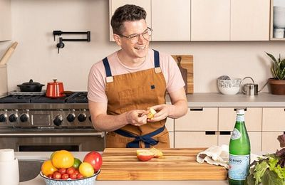 Different Types of Kitchen Aprons