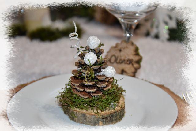 """ma table """"Noël au naturel""""...le blanc douceur, le bois chaleur, le vert """"espérance"""" ?...."""