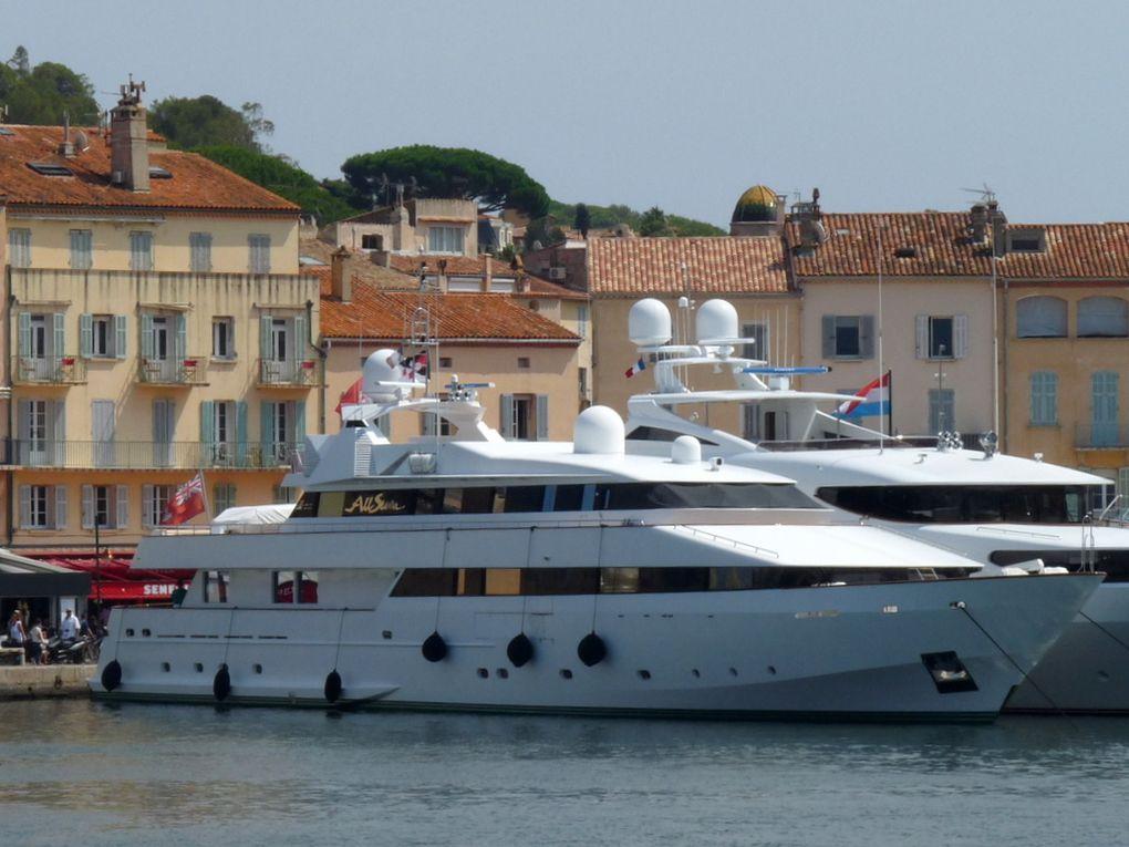 ALL   SEVEN , arrivant et à quai dans le port de Saint Tropez le 18 aout 2016