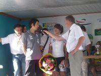Les coupes été remises aux vainqueurs par Bruno Drapron, adjoint au maire de Saintes, délégué au sport. Puis des fleurs ont été remises aux trois premiers par Eloïse Patry, au nom du B.S.C.O (organisation de courses cycliste)