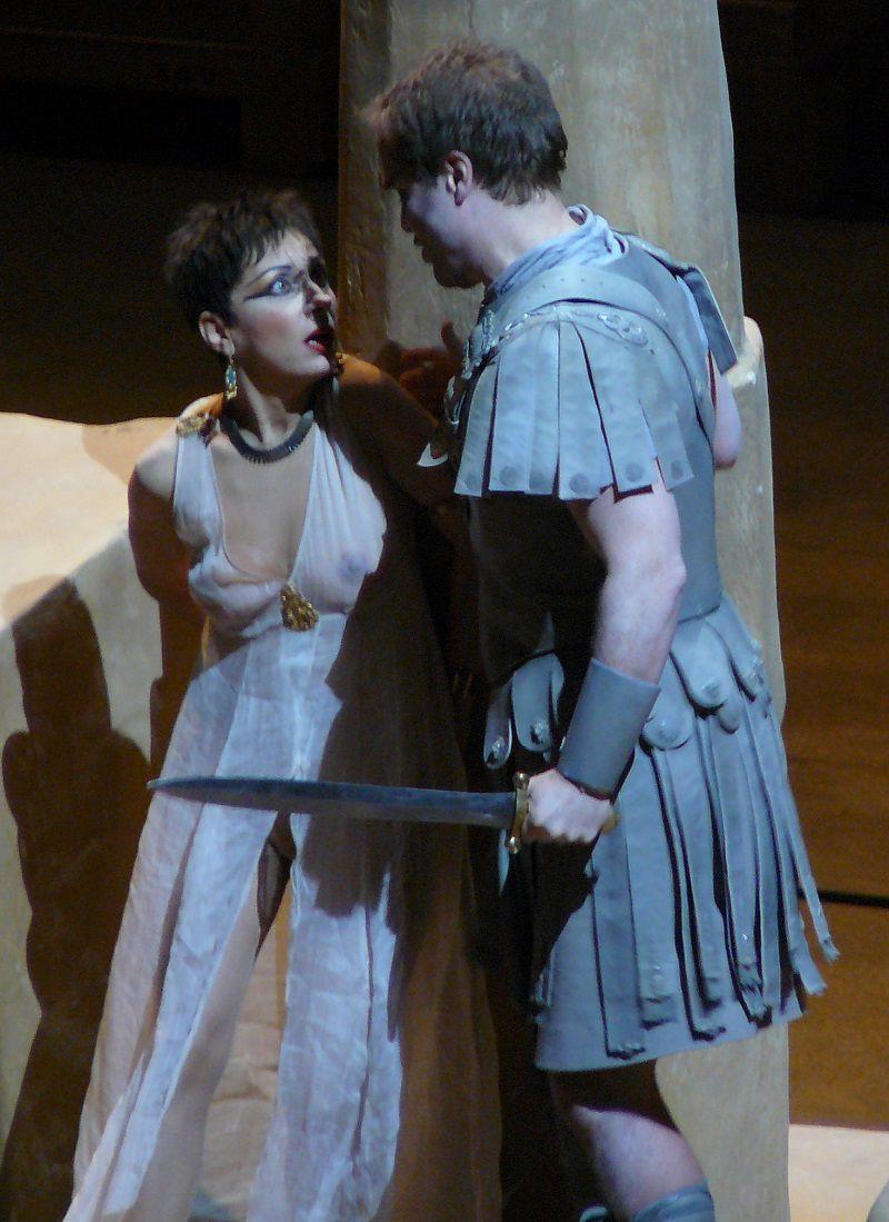 Natalie Dessay (Cléopâtre) et Lawrence Zazzo (César)