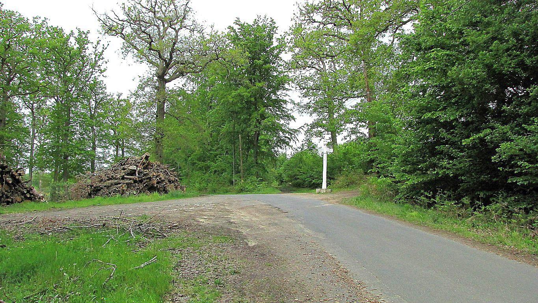 le carrefour du Mont l'Ecange