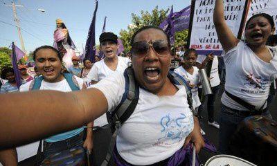 Polémica en Nicaragua sobre ley contra violencia hacia las mujeres.