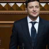 Dans un climat de tensions avec la Russie, l'Ukraine déclare vouloir rejoindre l'OTAN