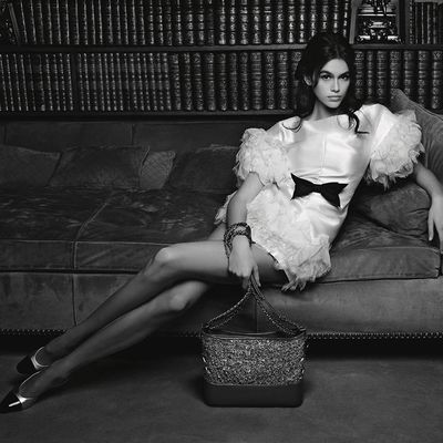 KAIA GERBER STARS IN CHANEL SPRING 2018 HANDBAG CAMPAIGN AT MADEMOISELLE CHANEL'S APARTMENT IN PARIS