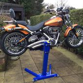 Motorcycle Lifts | Big Blue Motorcycle Lift | Motorcycle Jack | Eazyrizer by Quasar