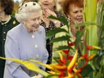 Queen Elizabeth attends Chelsea Flower Show for 48th time