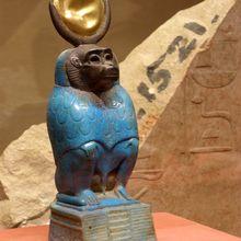Le dieu THOT - Patron des scribes sous sa forme de babouin