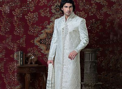 Sherwani: Popular Wedding Attire For the Pakistani Grooms
