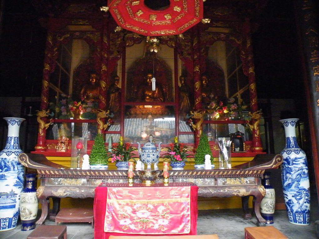 le temple Mingjiao, temple de l'enseignement lumineux