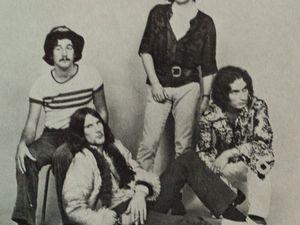 les holly guns, un groupe pop-rock français formé à charleville-mézières d'une belle propreté vocale