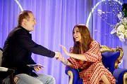 Jennifer Lopez, invitée de la Méthode Cauet