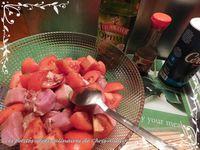 Brochettes de porc mariné et grenailles
